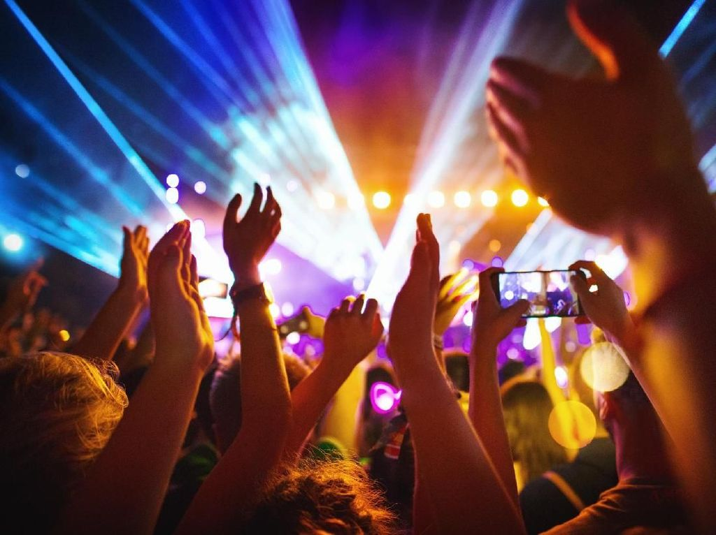 Tren Bikin Rekening Tabungan untuk Nonton Konser, Perlukah?
