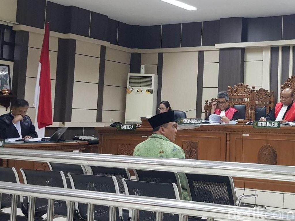 Terkena Kasus Suap, Bupati Jepara Mengaku Minta Bantuan Jokowi