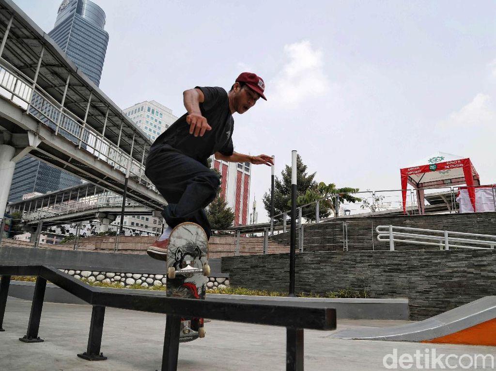 Skateboarder Trotoar Thamrin Ditertibkan, Bina Marga: Sudah Ada Skatepark