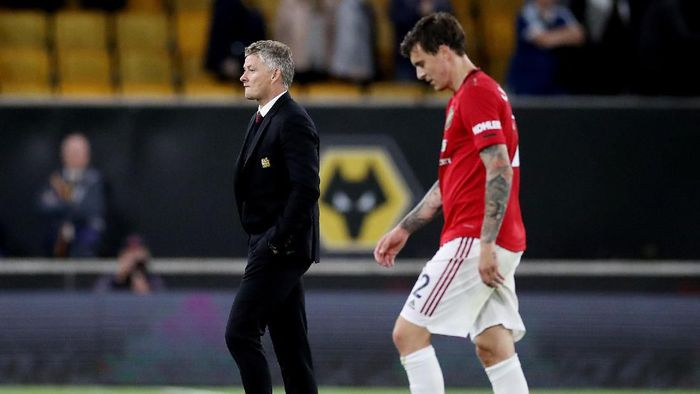 Ole Gunnar Solskjaer makin dapat tekanan untuk mundur dari Manchester United (Reuters)