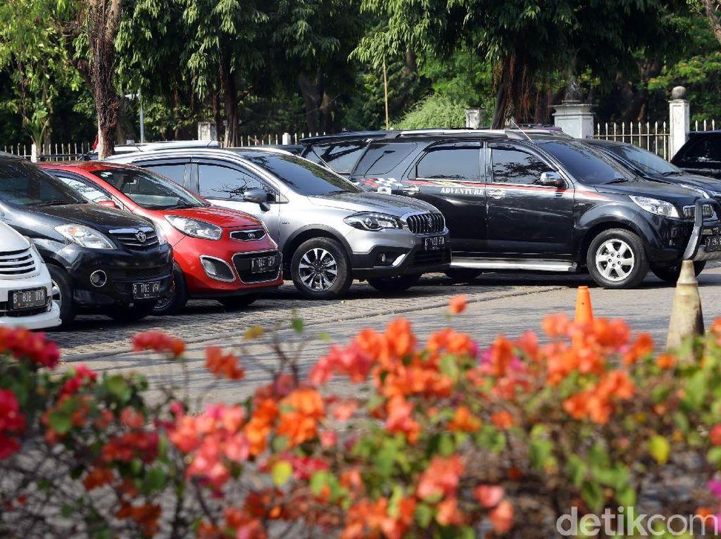 DPRD soal Park and Ride Thamrin Jadi Pusat Kuliner: Kajian Harus Rapi