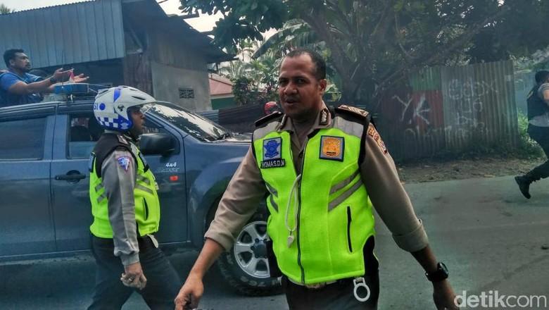 Potret Aksi Ricuh di Dekat DPRD Mimika Papua