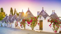 Alberobello, Desa Kurcaci Instagramable Warisan Dunia UNESCO