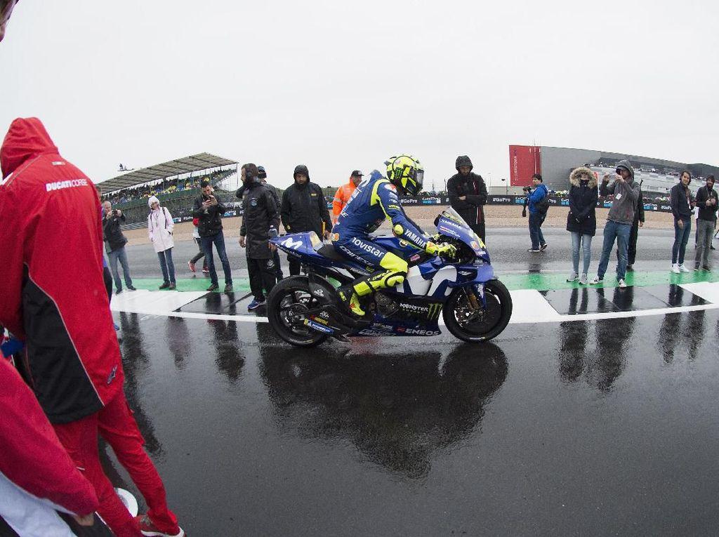MotoGP Inggris: Rossi Tiga Besar Terus Sejak 2014, Bagaimana Kali Ini?
