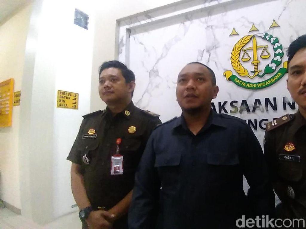 Kejari Tanjung Perak Balas Surat KPU Soal Status Tersangka Ratih