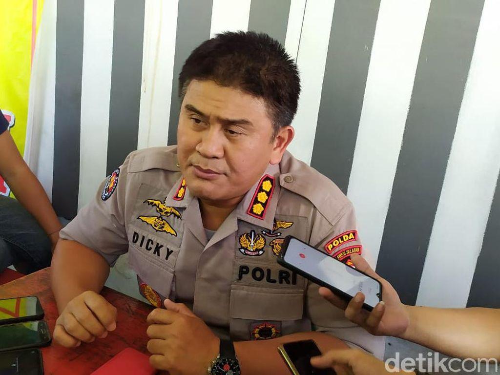 Masuk Masjid Pakai Sepatu, 2 Polisi di Makassar Ditahan 14 Hari