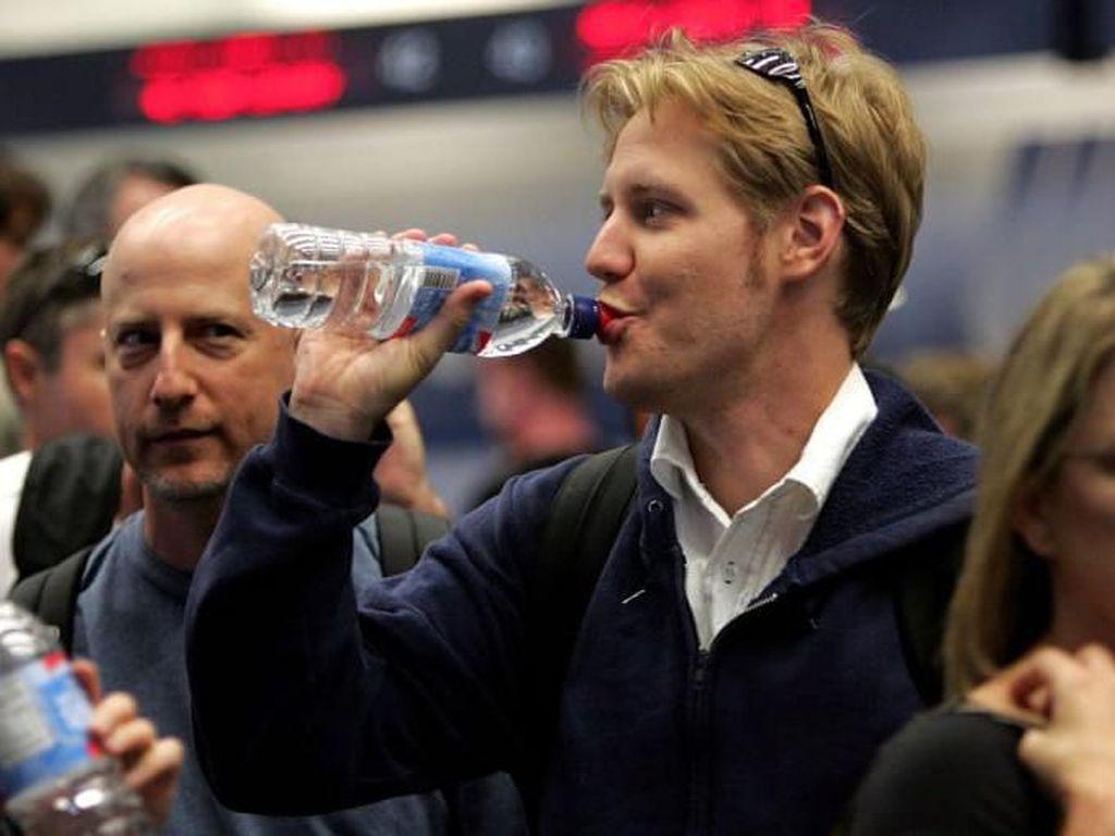 Mulai Sekarang, Bandara Ini Tak Jual Botol Plastik