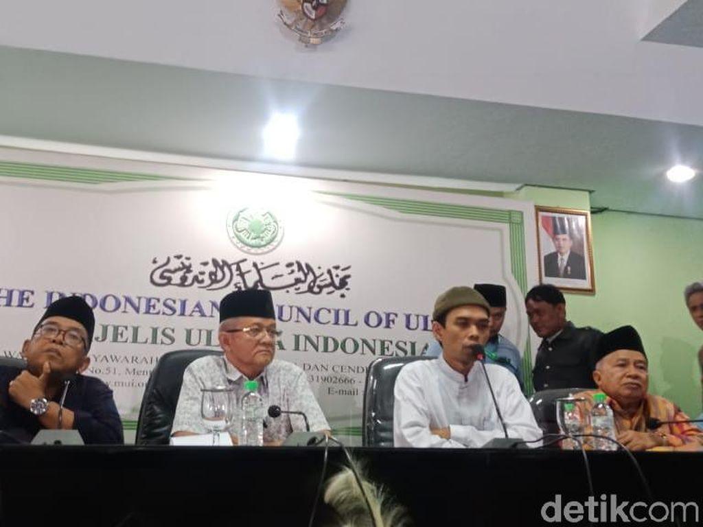 Ustaz Somad: Payah Kali Kalau Ceramah Harus Perjanjian Tak Rekam-Sebar