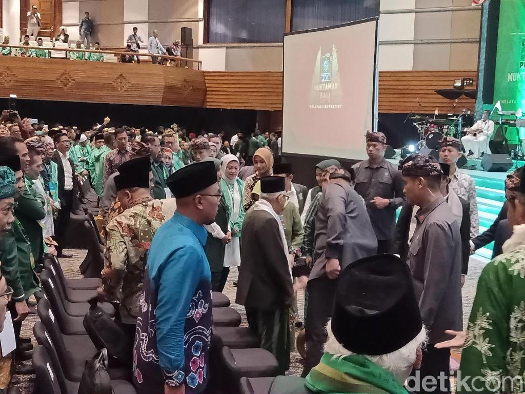 Hadiri Penutupan Muktamar PKB, Maruf Amin Disambut Selawatan
