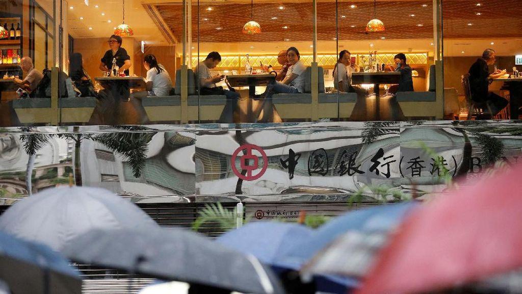 Kehidupan Bisnis di Tengah Protes Hong Kong