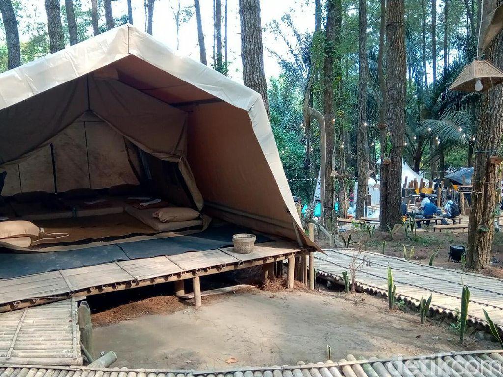 Kemping Mewah di Destinasi Super Prioritas Borobudur