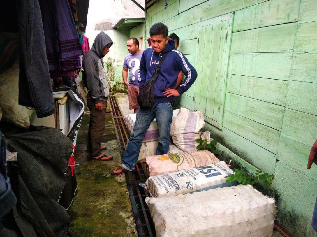 Polisi Tangkap Pengoplos Kecap di Padangsidimpuan, Ratusan Botol Disita