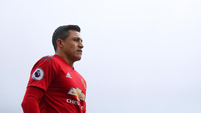 LONDON, ENGLAND - FEBRUARY 09:  Alexis Sanchez of Manchester United during the Premier League match between Fulham FC and Manchester United at Craven Cottage on February 09, 2019 in London, United Kingdom. (Photo by Catherine Ivill/Getty Images)