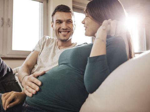 Pilihan Posisi Seks Bagi Ibu Hamil yang Tak Percaya Diri