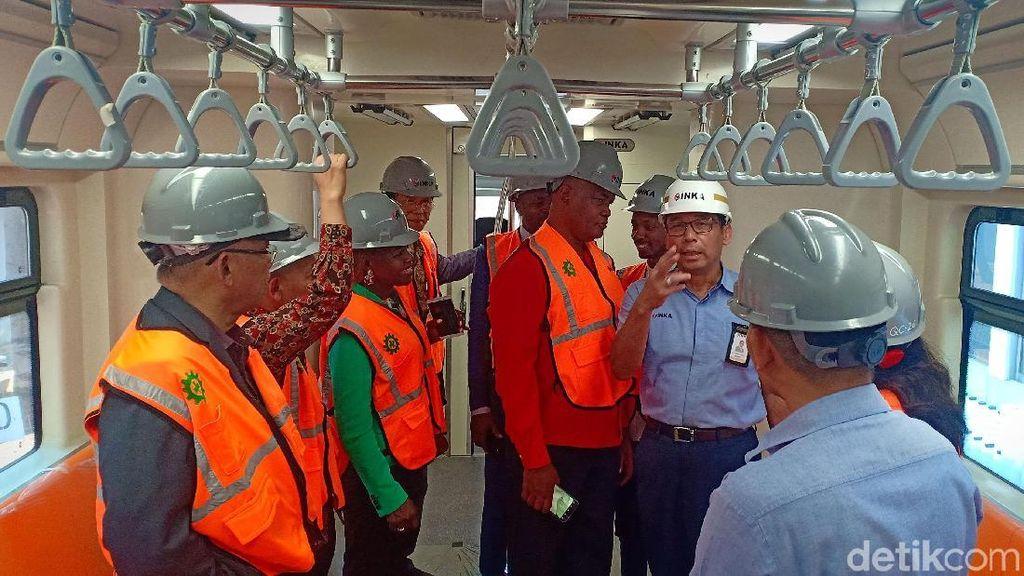 INKA Ajak Perwakilan Afrika ke Pabrik Kereta di Madiun