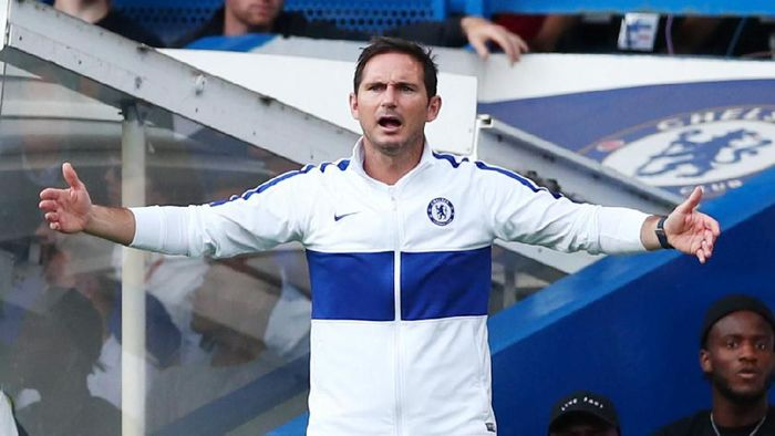 Soccer Football - Premier League - Chelsea v Leicester City - Stamford Bridge, London, Britain - August 18, 2019  Chelsea manager Frank Lampard reacts  REUTERS/Eddie Keogh  EDITORIAL USE ONLY. No use with unauthorized audio, video, data, fixture lists, club/league logos or live services. Online in-match use limited to 75 images, no video emulation. No use in betting, games or single club/league/player publications.  Please contact your account representative for further details.