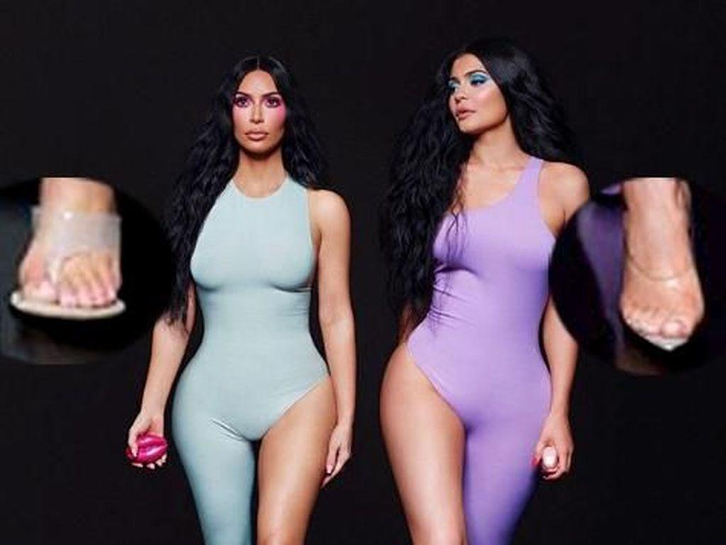 Duh, Jari Kim dan Kylie Jenner Jadi Ada Enam di Foto Ini