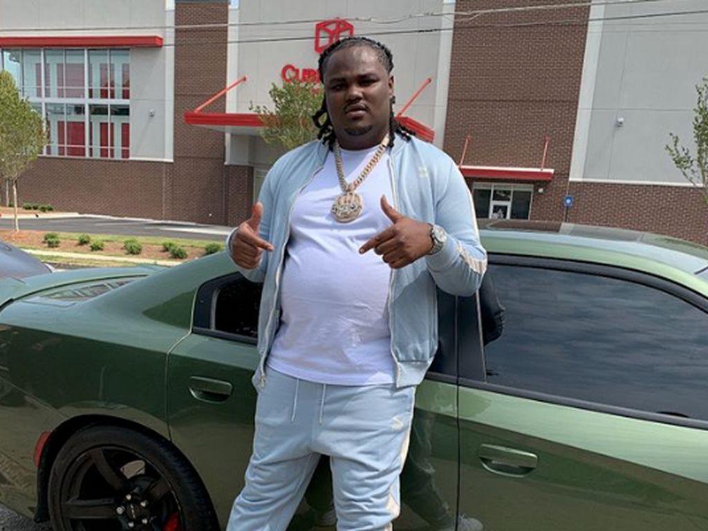 Mobil Dihujani Tembakan, Rapper Ini Kehilangan Nyawa Manajernya