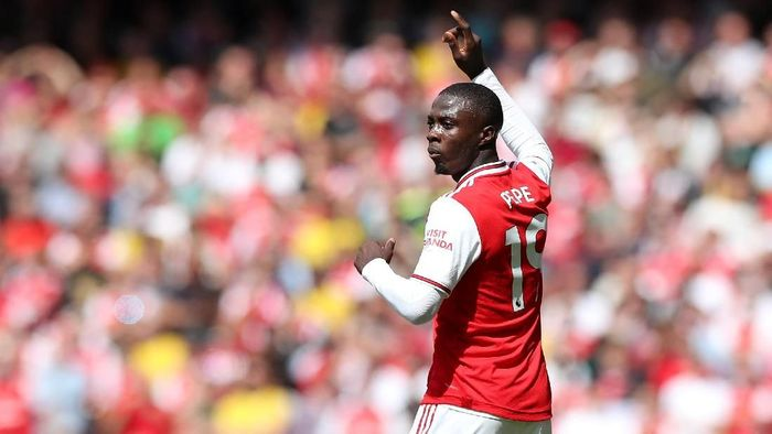 Nicolas Pepe jadi starter lawan Liverpool (Action Images via Reuters/Peter Cziborra)