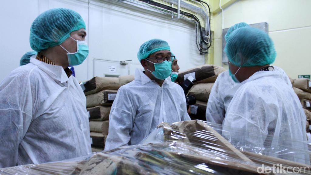 Ridwan Kamil Resmikan Pabrik Cokelat di Sumedang