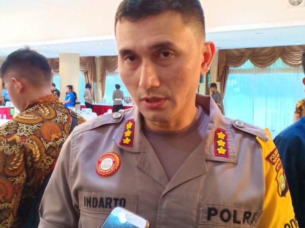 Polisi Cek CCTV Terkait Aksi Wanita Telanjang Dada di Mal Bekasi