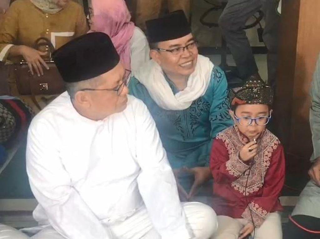 Keinginan Daus Mini Ajak Ayahnya Masuk Islam Tercapai