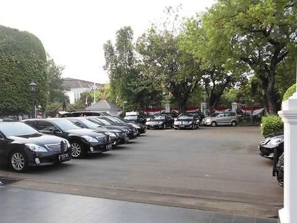 Menteri Jokowi Memang Butuh Mobil Baru Demi Kelancaran Kerja
