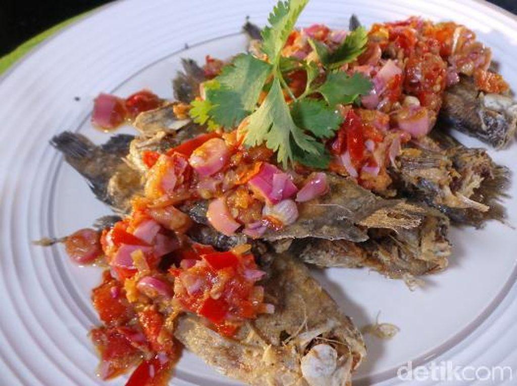 Masakan Minang Vs Masakan Sunda, Mana yang Lebih Bikin Gemuk?