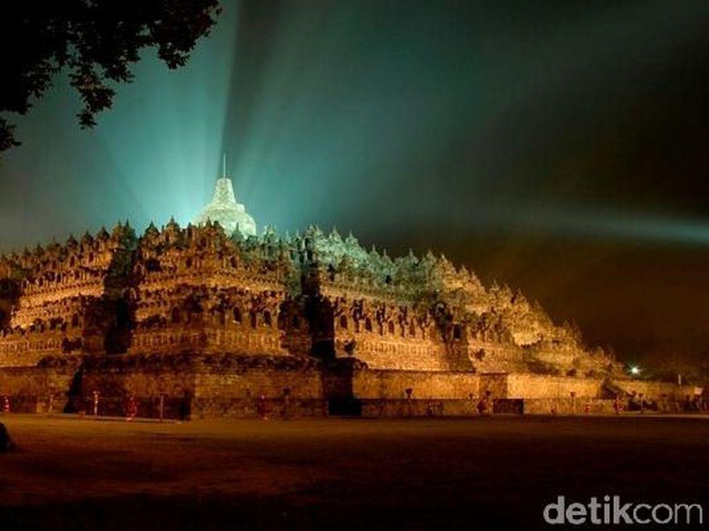 Khusus Wisnus, Tiket Masuk Candi Borobudur dan Prambanan Naik