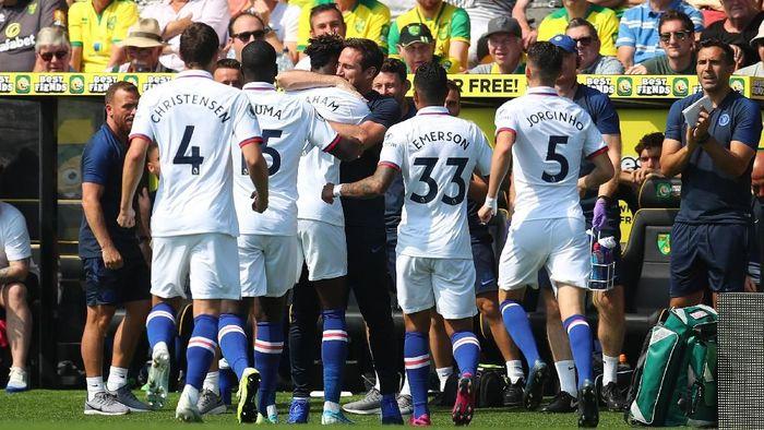 Chelsea memetik kemenangan perdananya di laga kompetitif bersama Frank Lampard usai menaklukkan Norwich City 3-2 (Foto: Catherine Ivill/Getty Images)