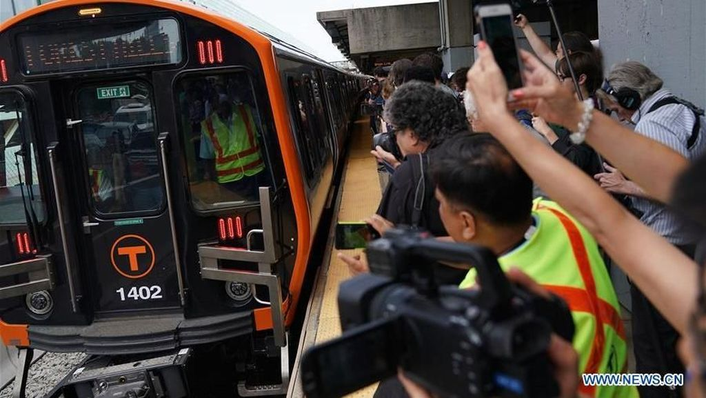 Lagi Panas Perang Dagang, MRT Buatan China di AS Beroperasi