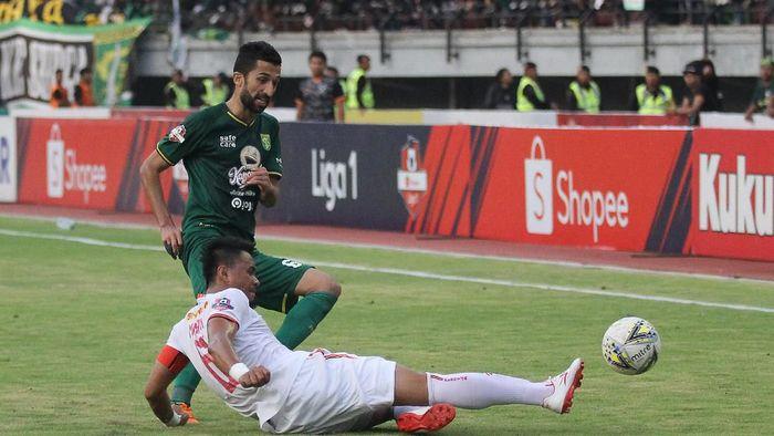 Persebaya vs Persija berakhir imbang 1-1. (Moch Asim/wsj/Antara)