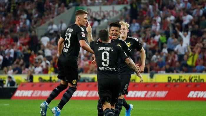 Borussia Dortmund menang 3-1 di kandang FC Cologne (Wolfgang Rattay/Reuters)