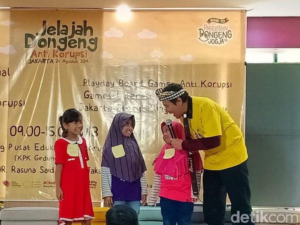 Gelar Jelajah Dongeng Anti-Korupsi, KPK Ajarkan Integritas ke Anak TK-SD