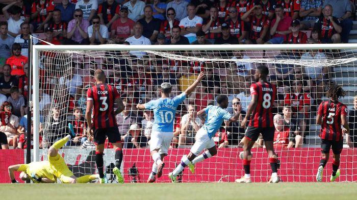Manchester City ungguli Bournemouth 2-1 di babak pertama (Matthew Childs/Reuters)
