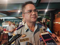 Dishub DKI Tetap Usahakan Pasang Penghalang di Trotoar Depan Kuningan City