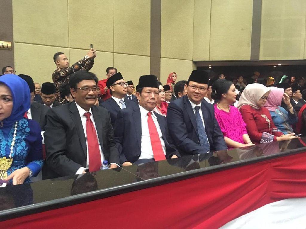 Video Ahok Berpeci Hadiri Pelantikan Anggota DPRD DKI