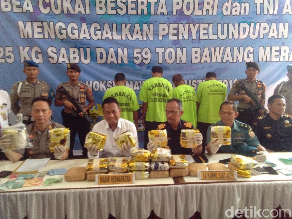 2 Kapal yang Ditangkap di Aceh Bawa 59 Ton Bawang Ilegal dan 25 Kg Sabu