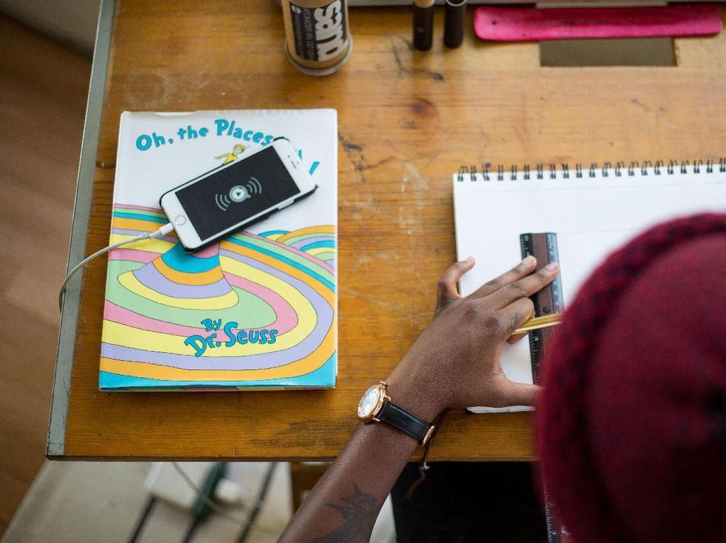 Penjualan Ponsel Low End Naik Imbas Siswa Belajar di Rumah