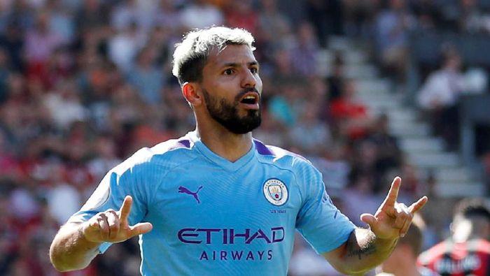 Sergio Aguero sudah mencetak 400 gol sepanjang kariernya (Matthew Childs/Reuters)