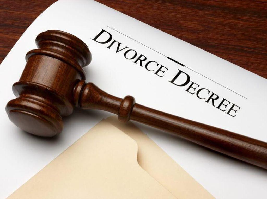 Tolak Permen Karet dari Suami, Wanita Ini Langsung Ditalak Tiga