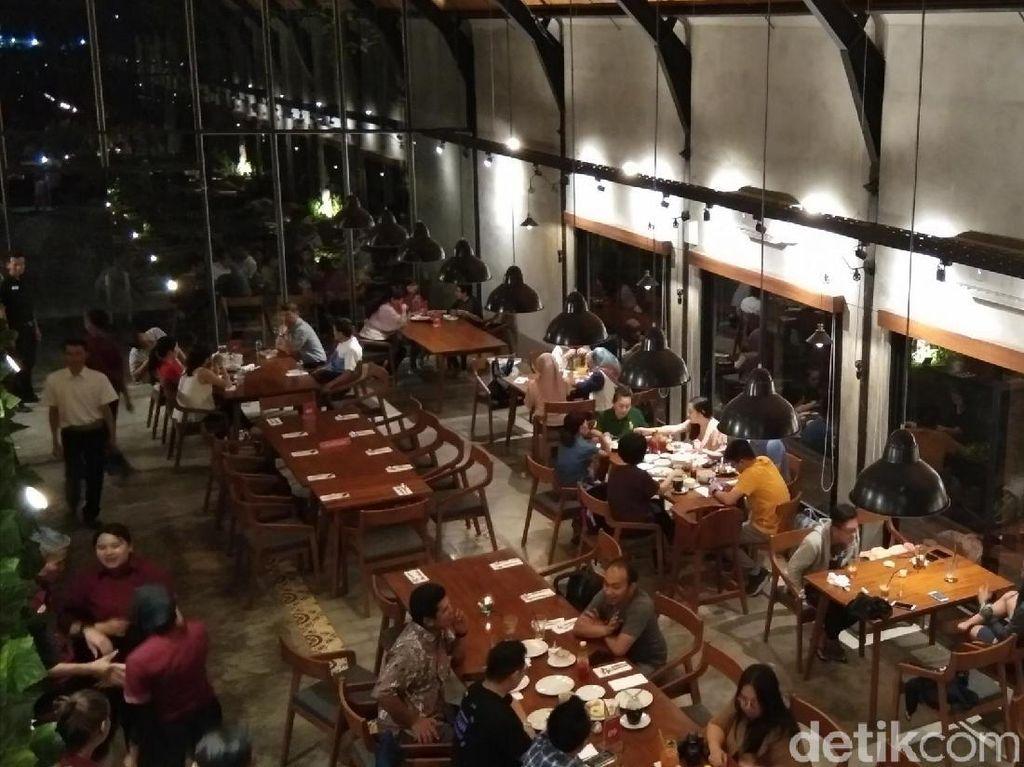 Foto: Restoran Hits di Karanganyar