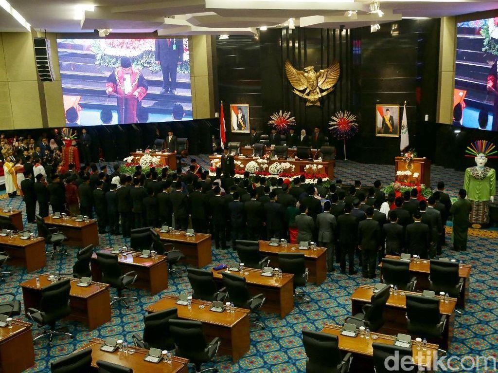 Suasana Pelantikan 106 Anggota DPRD DKI 2019-2024