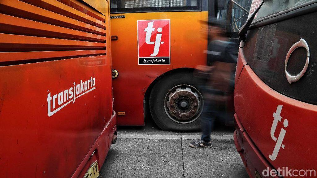 Melihat Bangkai TransJakarta di Pulogadung