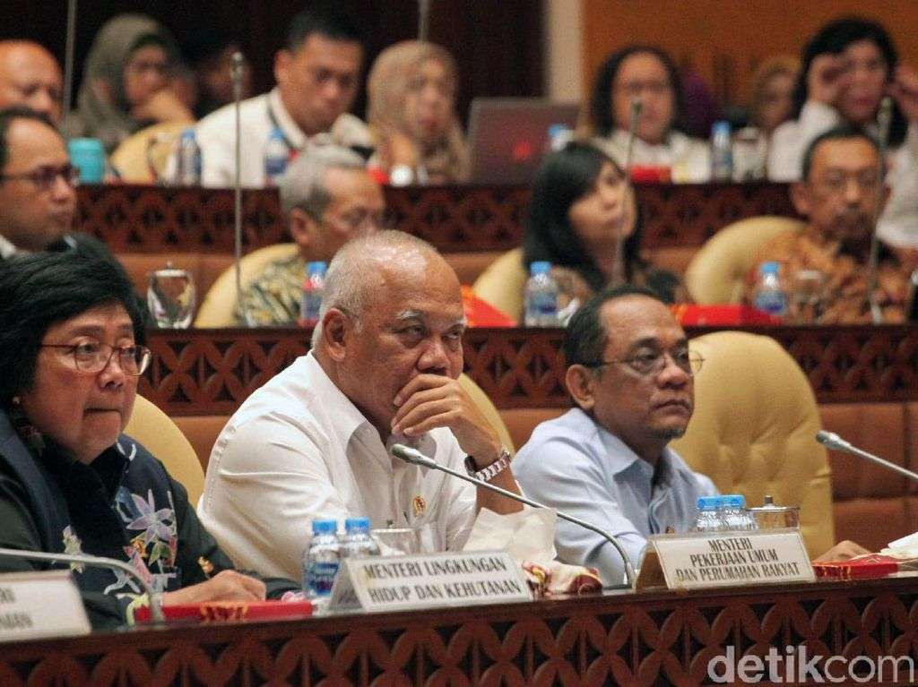 Komisi V DPR dan Pemerintah Bahas RUU Sumber Daya Air