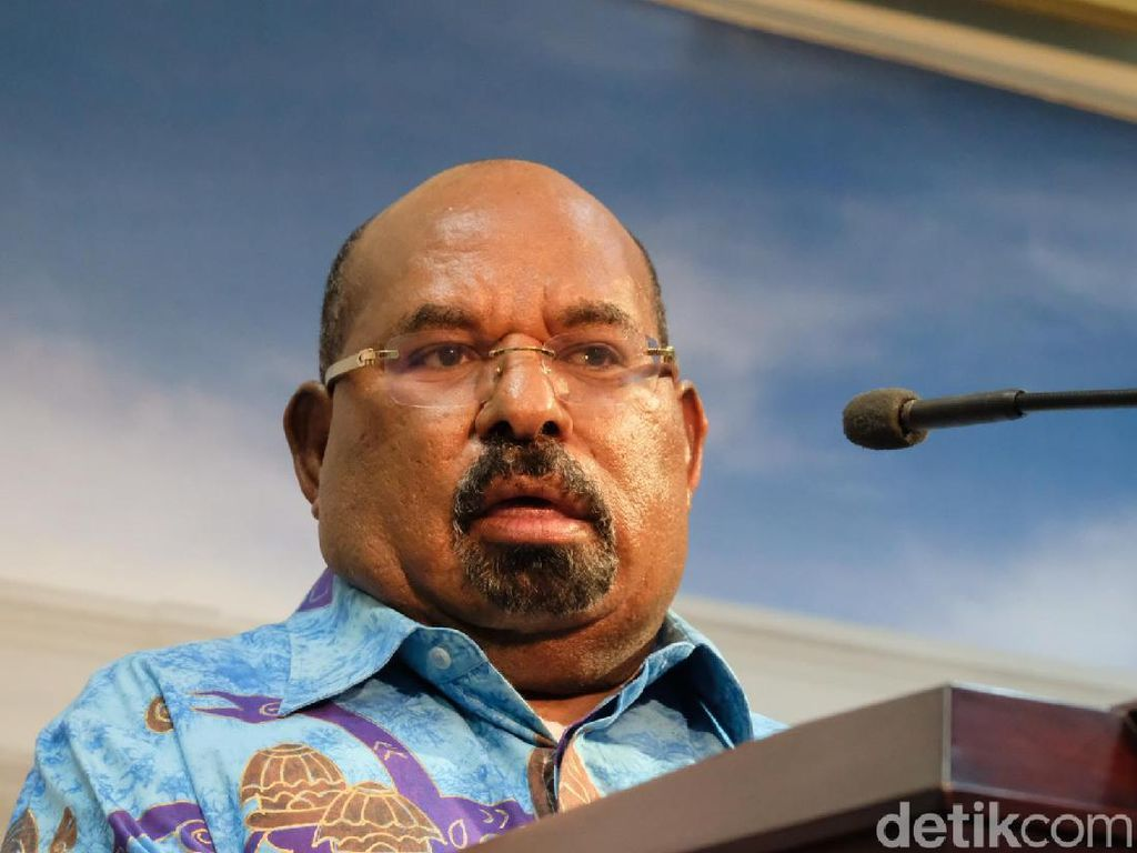 Lukas Enembe: Lenis Kogoya Bicara Papua Wakili Apa?