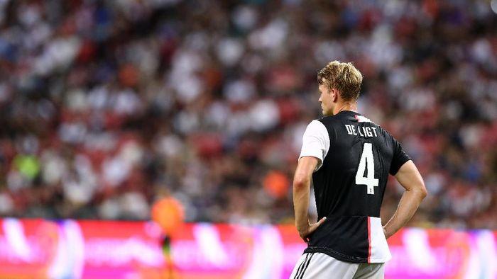 Matthijs de Ligt memulai petualangan bersama Juventus pada musim ini. (Foto: Pakawich Damrongkiattisak/Getty Images)