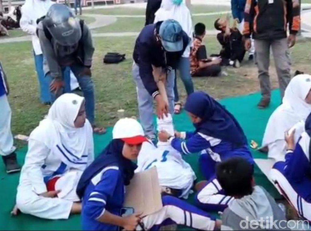 50 Siswa Peserta Lomba Baris-berbaris Kota Pasuruan Pingsan Kepanasan