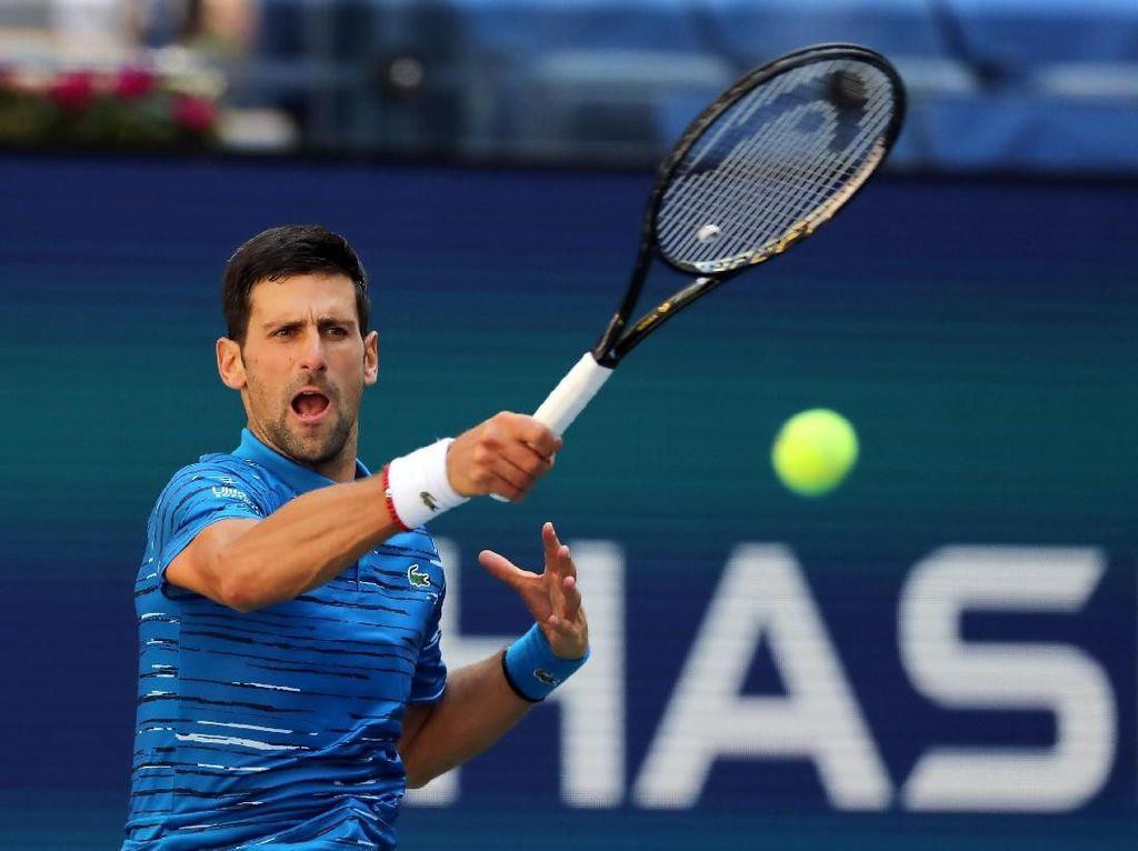 Djokovic Lewati Babak Pertama dengan Mulus