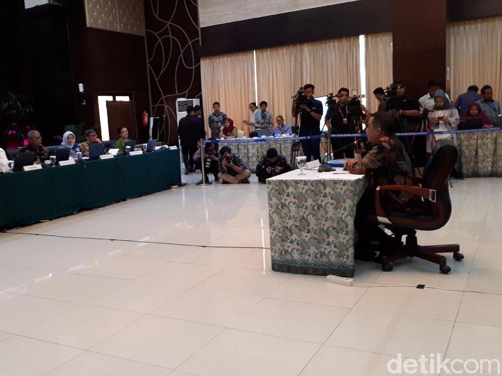 Capim KPK Antam Novambar Jamin Lindungi Penyidik dari Teror